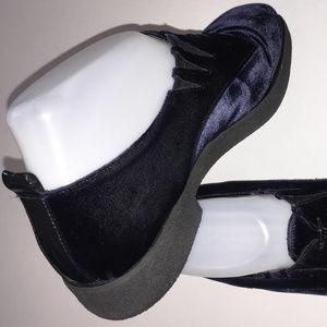 DONALD J PLINER Navy Velour/Leather Lined Oxford